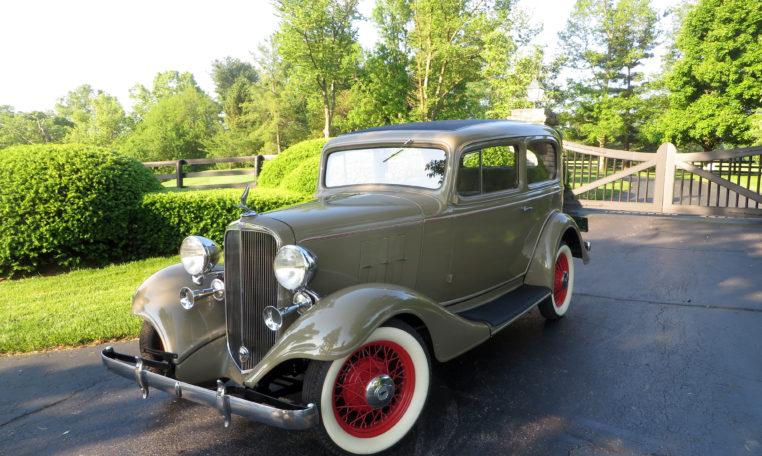 1933 Chevrolet Master Model Coach